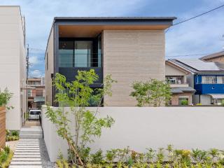 中川上流の家