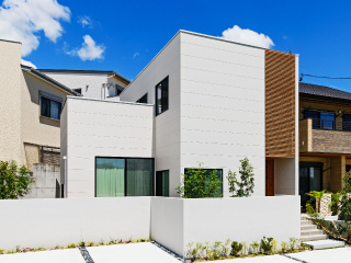 豊川白鳥の家